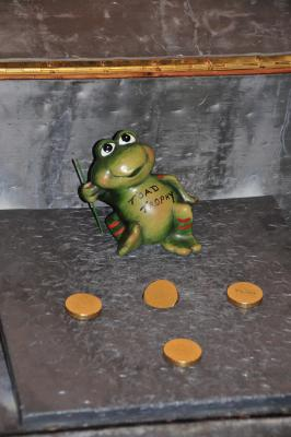 The Toad Trophy and the counters to get in the hole
