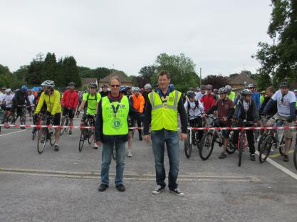 Round Table and Lions Presidents at start of Bike Ride