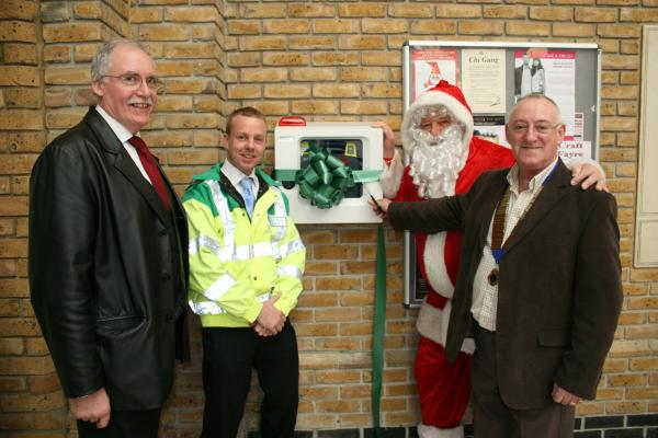 Presentation of Defibrillator to Burgess Hill Market Place